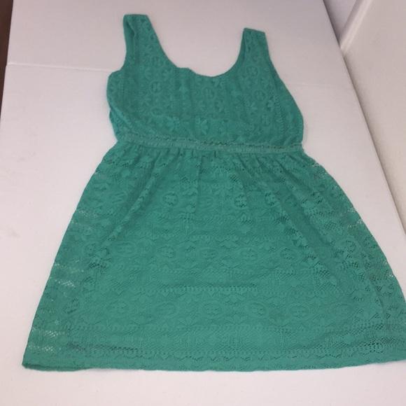 Love Reign Dresses & Skirts - Cute aqua dress